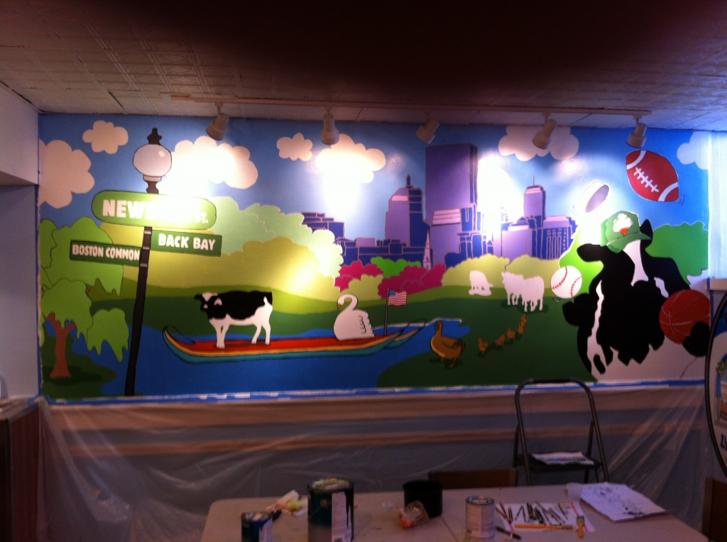 The Newbury Street scoop shop just unveiled a brand new mural--featuring cows in some iconic spots in Boston!